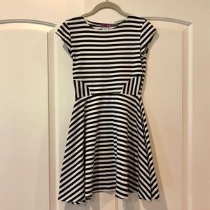 Aqua | Black & White Striped A-Line Dress